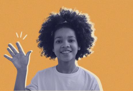 Destaque em Notícias Gênero e Educação. Em arte de colagem, é possível ver uma foto de uma criança negra olhando acenando